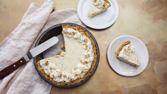 Dolly Parton's Peanut Butter Pie